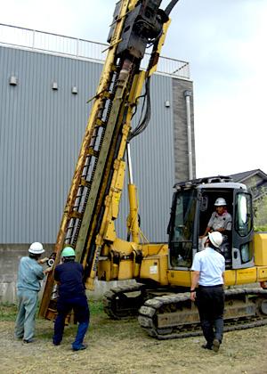 【H26/8/6】地盤補強工法・現場見学会 第1回 開催